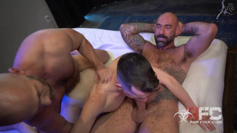Owen Hawk, Drew Sebastian and Alex Meyer - My Two Dads 720p