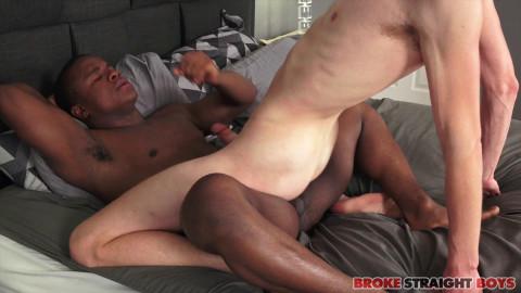 Broke Straight Boys - Buddy Wild copulates Richie West 1080p