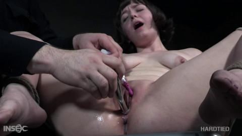 Ella Vaday  - Ella Raine