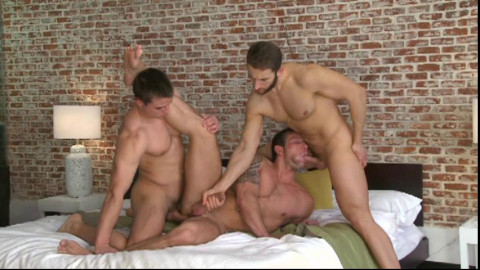 City Fuckers In Raw Gangbang