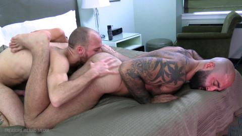 Fuck chap ramrod down - scene 3 - nico bellic and atlas grant