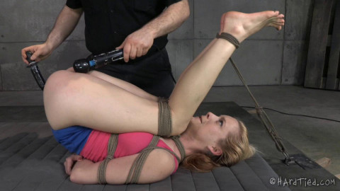 Jeze Belle Pussy Punishment Payback (2014)