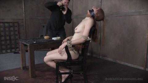 Sexy model Violet Monroe bound up