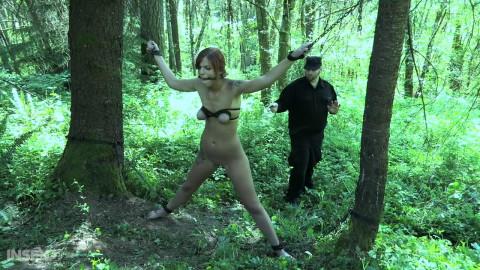 Outdoor Restraint bondage & Tortures For Scarlett Mae