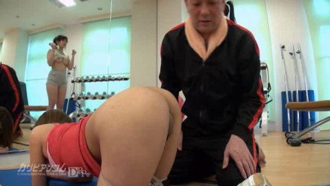 Yui Asano - Time Fuck Bandits at a Gym