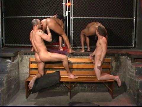Exclusive Orgy With Muscle Men
