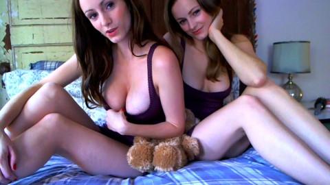 Twins Brooke and Vikki-Fetish Tease 13 Video (2013-2017)