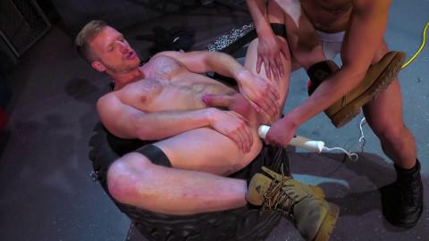 Bondage Garage, Scene 03: Brian Bonds, Eli Lewis