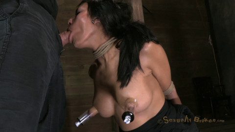 Hot Cougar With A Deep Throat, Huge Nipples And Shaved Pussy
