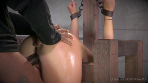 Live SB Show Part 6 - Maddy O'Reilly # 4 (26 Aug 2014) Real Time Bondage