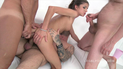 Teen Slut Gina Gerson in 3on1 airtight creampie orgy
