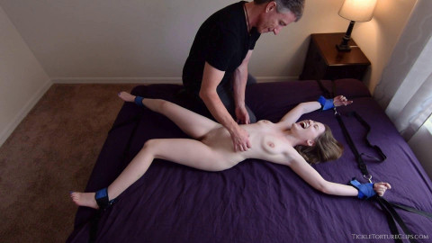 HD Bdsm Sex Videos Tickling the Tiniest Nude Girl