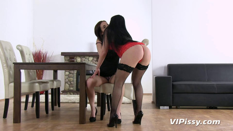 Lick My Wet - Antonia Sainz, Luna Ora part 1