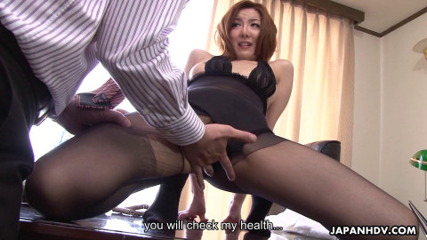 Office lady yuna hirose receives onto her knees