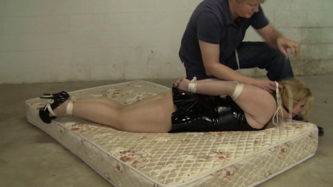 Jenna Holloway The Domme Gets Dommed (2015)