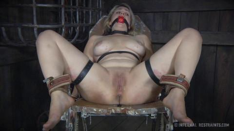 Bondage Is The New Black # 3 (28 Nov 2014) Infernal Restraints