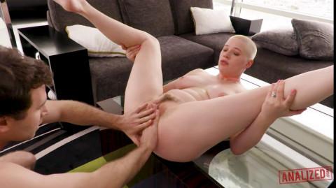 Riley Nixon - Riley Nixon Big Tits And A Big Gape