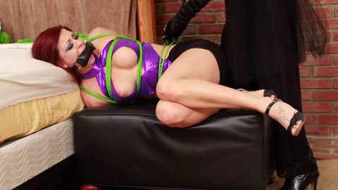 HD Bdsm Sex Videos Blackmailed into Bondage by the Steel Butterfly