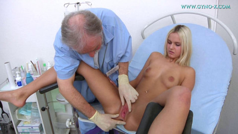 Catherine (19 years girl gyno exam)