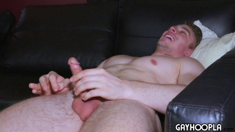 Luke Mason Spanks It To Some Porn