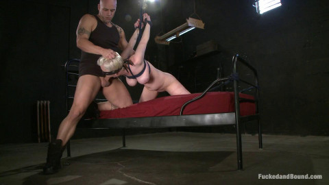 An Excellent Blowjob(Cherry Torn, Derrick Pierce)