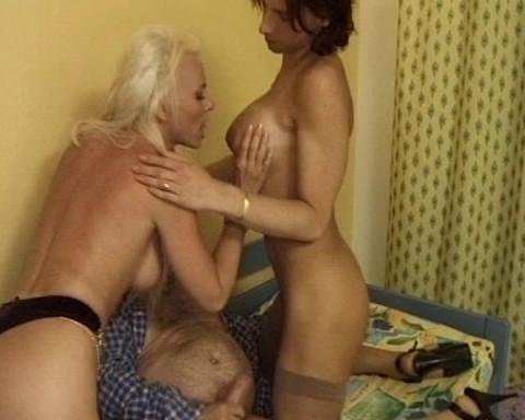 Una Donna Con Le Palle 3