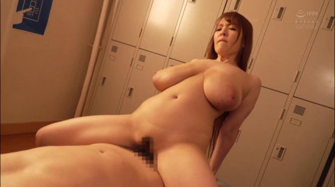 Hospital Fuck With Ultra-Huge Tits Hitomi