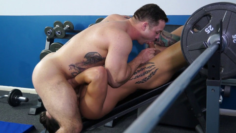 Gay Porn Star Scotty Marx and Caleb Strong show u ten ways to acquire laid at the gym