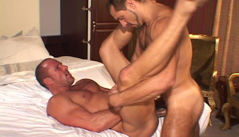 A muscle tied orgy
