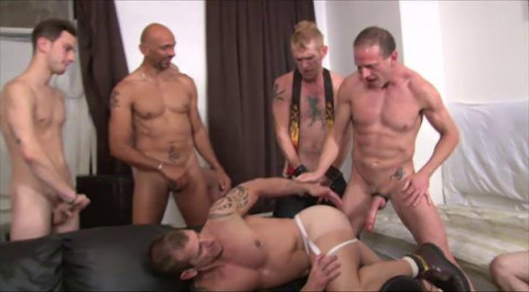 Dominate Orgy With Biggest-cocked Masters