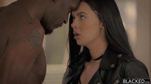 Sexy Model Loves Big Black Dick - Marley Brinx & Jason Brown