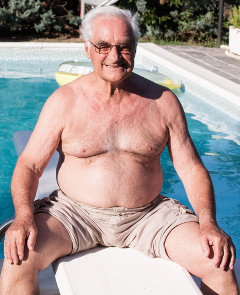 Some pics and videos of Grandpas, Daddies, Bears and mature Dicks