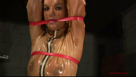 Toaxxx - 3 Ladies in Heavy Rubber 1