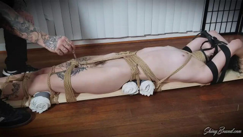 Super tying and domination for hawt bare brunette hair
