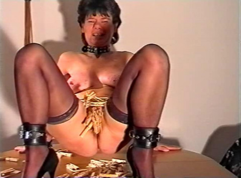 Xtremepain - Svp 43 The Real One Labia Stretching (1997) VHSRip