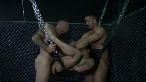 Gaytanamo vol.2, Scene 4 - Fuck The Gay Away