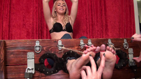 HD Bdsm Sex Videos Desperately Ticklish Booth