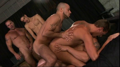 Frat Boy In Perfect Orgy