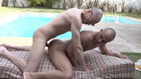 Leo Felipo and Kaliu Bareback