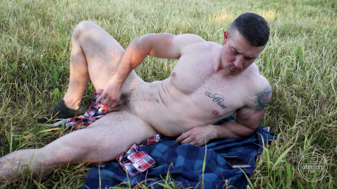 Naked Russian Stud - Daddy Bull