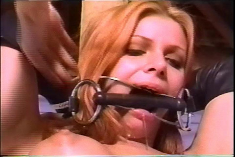 Now that he is done, master positioned the slave which resembles her into a pole
