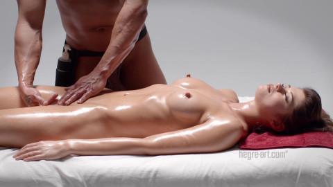 Powerful Pussy Massage