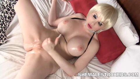 Sexy Blonde Trans Girl Has The Icky Sticky All For You! (07 Oct 2015)