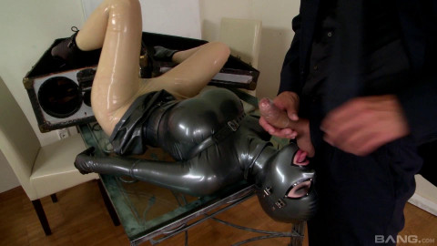 lucy loves latex scene 3