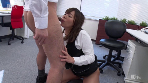 Alone in The Office - FullHD 1080p