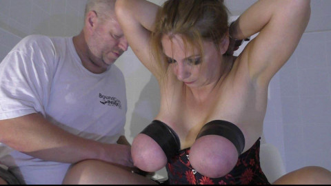 Orgasm Challenge for Bettine in the recent White Room