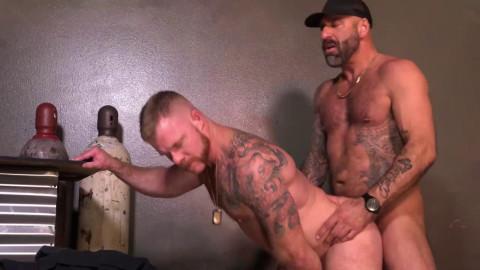 Dragon Media – Los Angeles Police Dads Hd (2020)