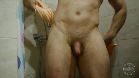 Large Nude Dude From Russian federation