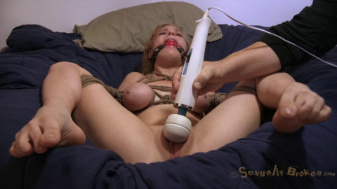Apartment 345 A Feature Presentation of Real life fantasies from your favorite porn stars!