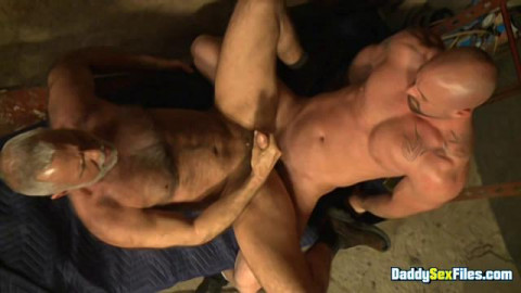 DaddySexFiles - Not So Sinless Diminutive City Cop